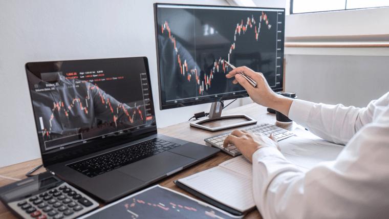 Sind Wertaktien auf lange Sicht wirklich besser als Wachstumsaktien?